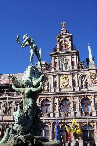 800px-Antwerp_-_by_Craig_Wyzik